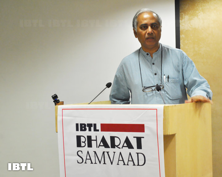 Seshadri Chari Ji addressing the audience : IBTL Bharat Samvaad