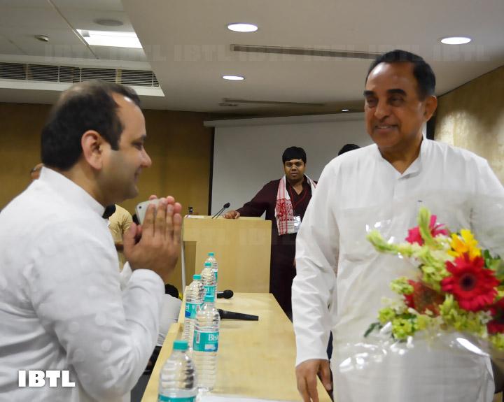 Shri Maheish Girri Ji greeting Dr @Swamy39 : IBTL Bharat Samvaad