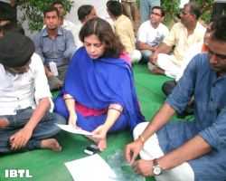 Meenakshi Lekhi and Abhishek Joshi : Hunger Strike in support of Indigenous Peoples of Assam