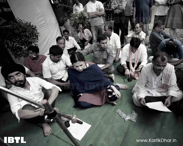 Tajinder Bagga and Meenakshi lekhi : Hunger Strike in support of Indigenous Peoples of Assam