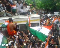 Baba Ramdev and protesters