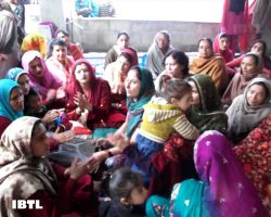 Kashmiri Pandit ladies singing Bhajans at Mata Katyayani Temple