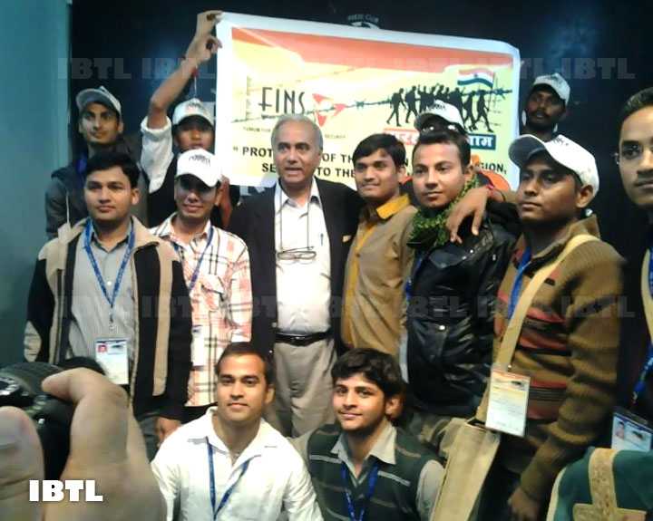 College students of Fridabad with Sh Seshadri Chari at a Press Conference in Shillong