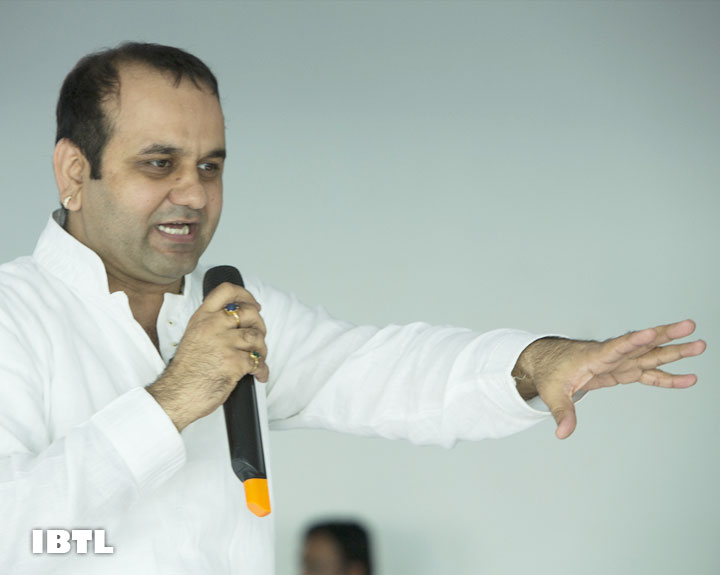 Gyaan Session with Shri Maheish Girri