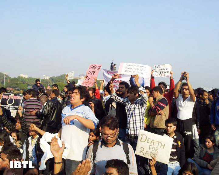 #DelhiGangRape Indian Youth demanding protection and justice