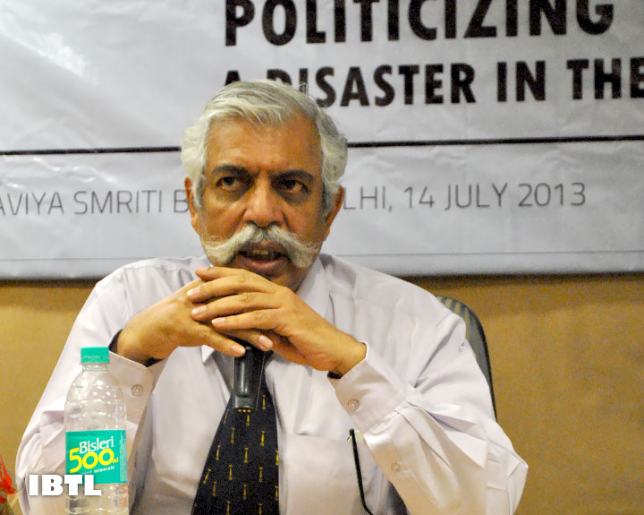 Gen Bakshi was excited with Yuva Bharat's and Social Media Activists