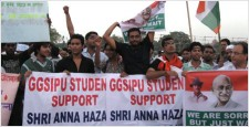 Himanshu Rajput, Siddharth Tomar, Vaibhav Rana, Students, Anna Hazzare, ipaidabribe