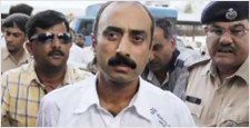 Gujarat Government, Sanjiv Bhatt, Jaynarayan Vyas, IPS