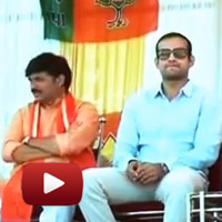 Cricketer Irfan Pathan, joining Gujarat Chief Minister Narendra Modi, modi pathan, gujarat election rally, Kheda, vadodara, gujarat