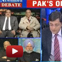 Newshour Debate: Pak's open aggression, arnab Goswami, Mahroof Raza, Syed Tariq Pirzada,